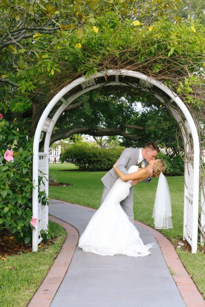 Davis Island Garden Club Wedding Photos, Tampa Wedding Photographer ...