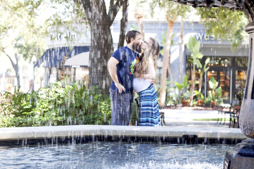 hyde park village engagement photos, Hyde Park Engagement, Hyde Park Engagement Photographer, Tamp wedding photographer, South Tampa Photographer, Florist Fire, Florida Wedding Photographer