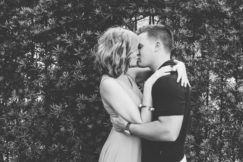 hyde park engagement photos, tampa wedding photography, tampa wedding photographer, tampa engagement photos, elopement wedding photographer, hyde park village