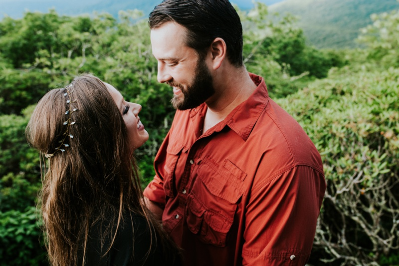 Craggy Gardens Engagement Pictures, Asheville Engagement Photos, Craggy Gardens Engagement Photos, Asheville Engagement Photos, Asheville Wedding Photographer, Craggy Garden Wedding Photos, North Carolina wedding photographer, Tampa wedding photographer, new york photographer, adventurous wedding photographer, ashley izquierdo, florida wedding photographer, craggy gardens