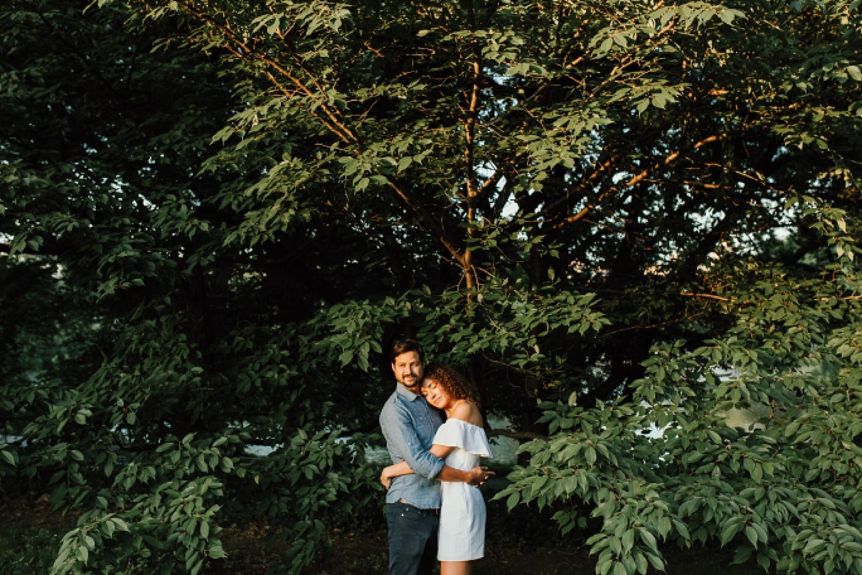 central park engagement photos, central park photos, centra park photographers, New York engagement ideas, New York city engagement photos, New York wedding photographers, ashley izquierdo, New York city, Central Park, Central Park engagement ideas